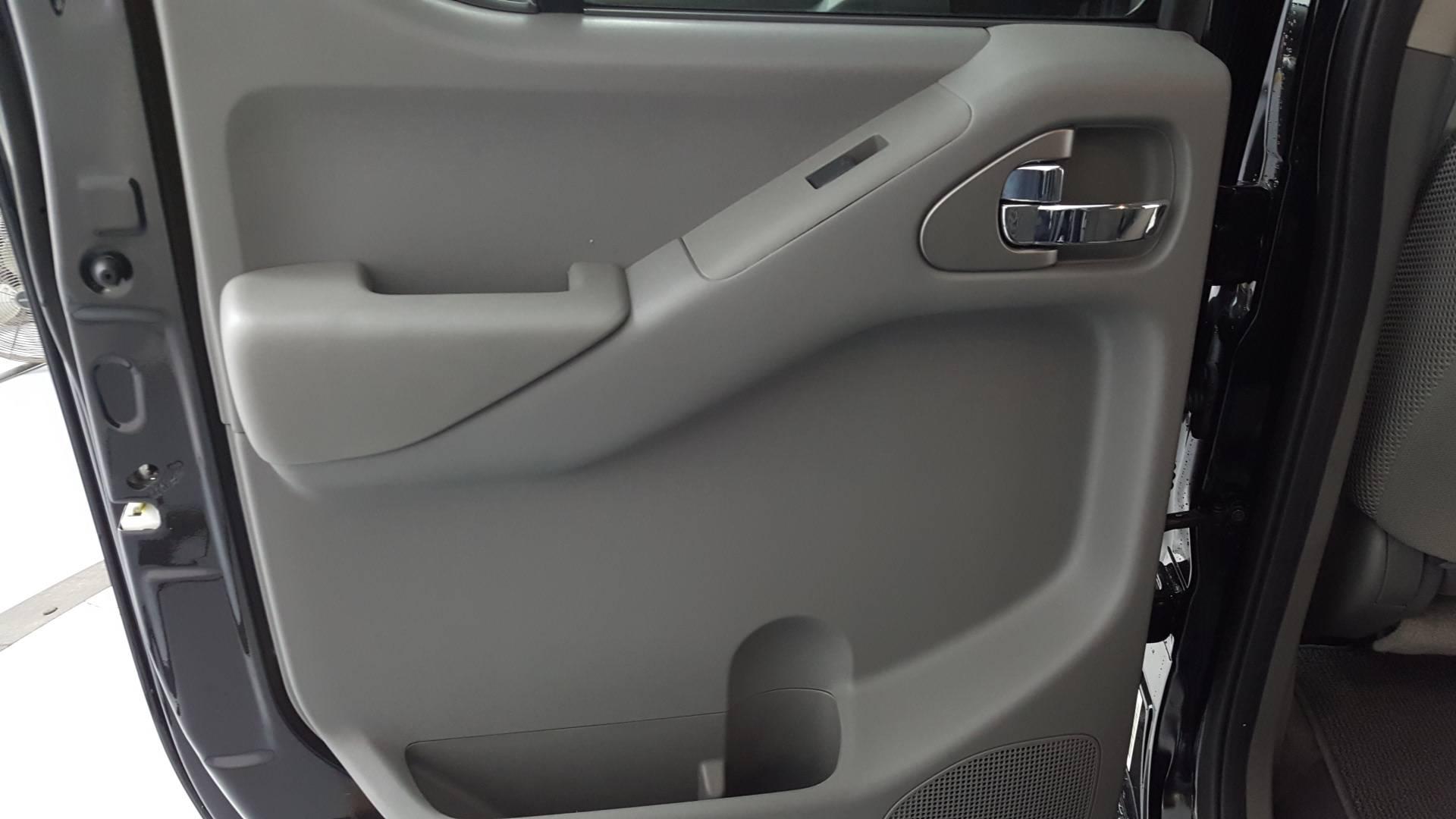 2021 Nissan Frontier Short Bed
